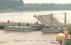 黄河再迎大洪峰 济南十八座浮桥拆除