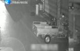 屡次偷车被发现 民警街头追车抓贼