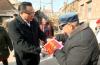 孙述涛到莱芜区走访慰问老党员和困难群众