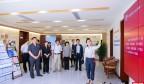 濟南中院到燕子山小區向社區居民播放民法典微視頻