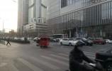 济南今早下起了鹅毛大雪!什么,你没看见?!都下局部地区了……
