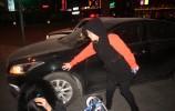 驾驶平衡车闯红灯 发生事故受伤又担责