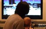 看电视不全是坏处,真正厉害的家长都是这样陪孩子看电视的!