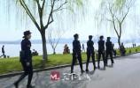 """携带""""小零碎""""的西湖女子巡逻队 杭州旅游这样文明温暖"""