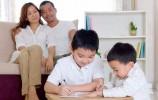 """人民时评:今天该如何给孩子""""点赞"""""""