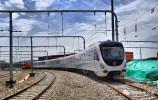R1线首列地铁车完成正线区间