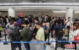 中国公民出入境通关排队将不超30分钟