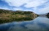 缤纷夏日,让我们去看看乐虎国际手机版的湖光水影!