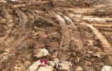 大气污染防治巡查 刘长山路附近一工地大面积裸土未覆盖