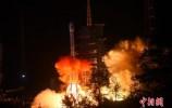 """嫦娥四号探测器完成""""太空刹车"""" 成功进入环月轨道飞行"""