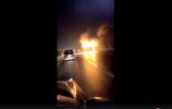 湖南一旅游大巴起火 已致26人死亡