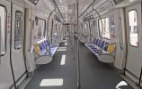 济南轨道交通3号线首列车来啦!有充电接口还有免费WIFI