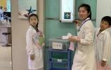 今天我是小医生---小学生走进眼科医院的职业体验