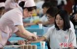 中国无偿献血人次20年连增 仍有人存献血误区