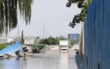 暴雨已过多日,济南华山立交桥南这条路为啥积水仍达200米?