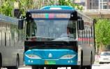 济南公交:用心用情当好公交车美容师
