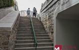 一个长廊连起俩景点!经典三人跑得快南门桥下步行箱涵启用
