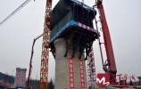 济莱高铁全线主跨最大连续梁0号块浇筑完成