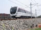 济南地铁R1线首列地铁正式正线试跑!小编带你抢先看!