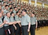 习近平在视察陆军步兵学院时强调 全面提高办学育人水平 为强军事业提供有力人才支持