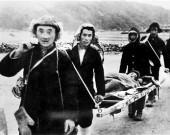 抗美援朝珍贵文物背后的故事:担架见证钢铁战士