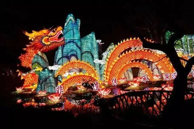 让我带您在济南的夜里走走,我猜您从未见过这样的TA~ - 舜网 - 825fbf16a8ae41368baa1810766258f0.jpeg