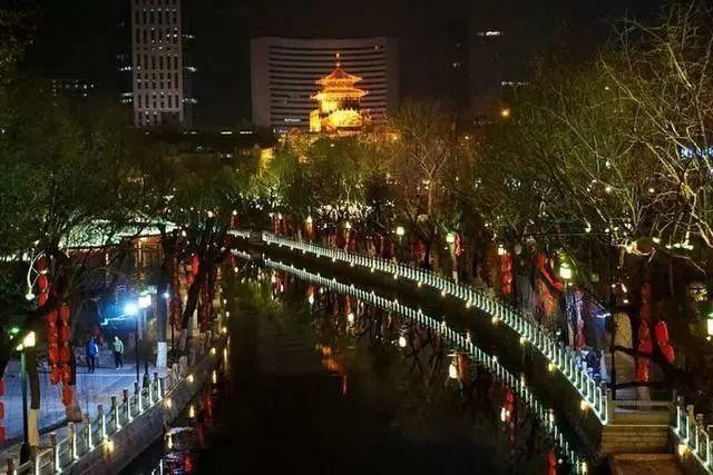 让我带您在济南的夜里走走,我猜您从未见过这样的TA~ - 舜网 - 787992dd8657428ba24e4f80a90e29bd.jpeg