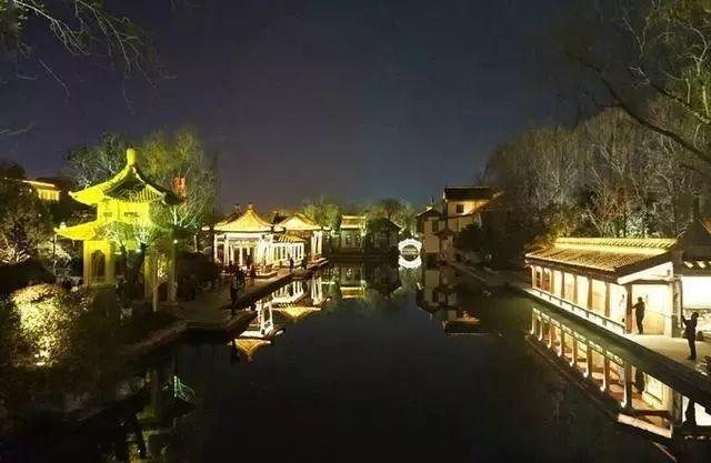 让我带您在济南的夜里走走,我猜您从未见过这样的TA~ - 舜网 - e4b3faead8c046278cd9bd9719cc16e3.jpeg