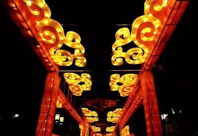 让我带您在济南的夜里走走,我猜您从未见过这样的TA~ - 舜网 - 8b1416f880b14838ac71c2b96aa0b3a5.jpeg
