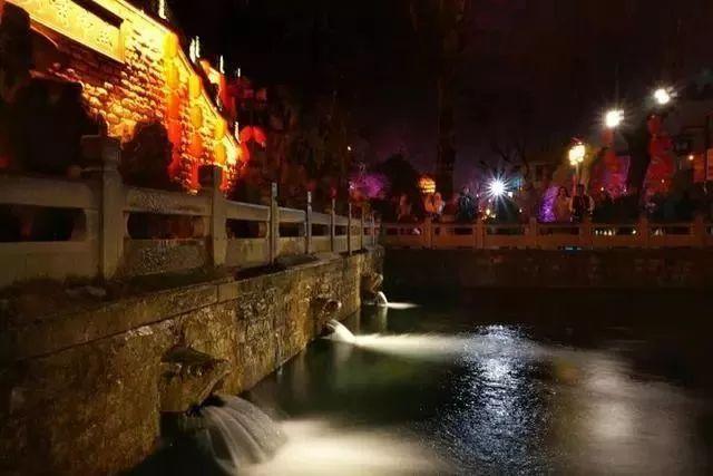 让我带您在济南的夜里走走,我猜您从未见过这样的TA~ - 舜网 - 24b42db8d7f54aaba5457e0658a0b0d1.jpeg