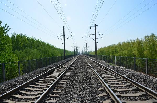 济南检察护航铁路线下安全 排除5个铁路安全隐患点