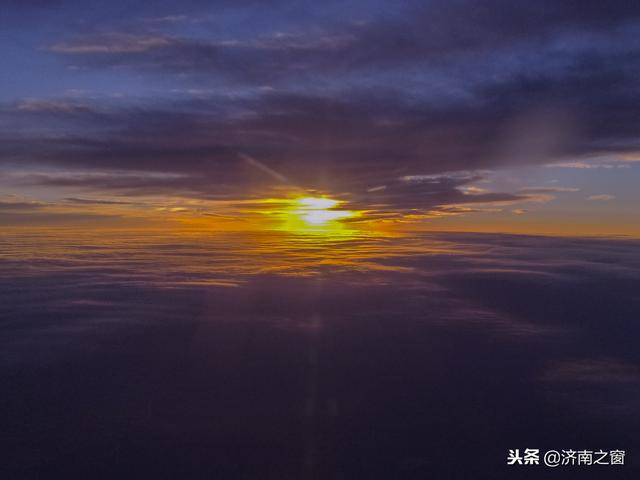 穿越云层,飞行在云层之间,看传说中的老天爷长啥样