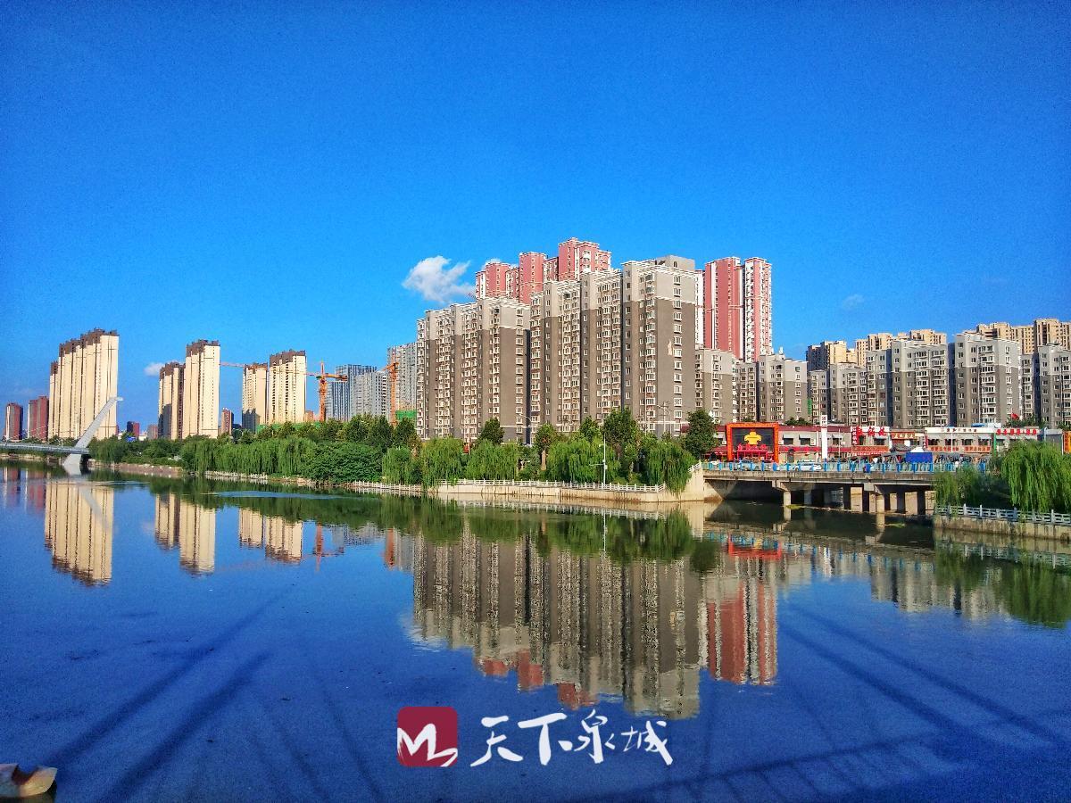 蓝天白云,是这个世界最美的风景.