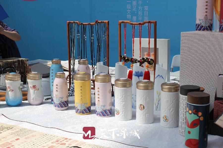 5-2济南市博物馆文创产品展示