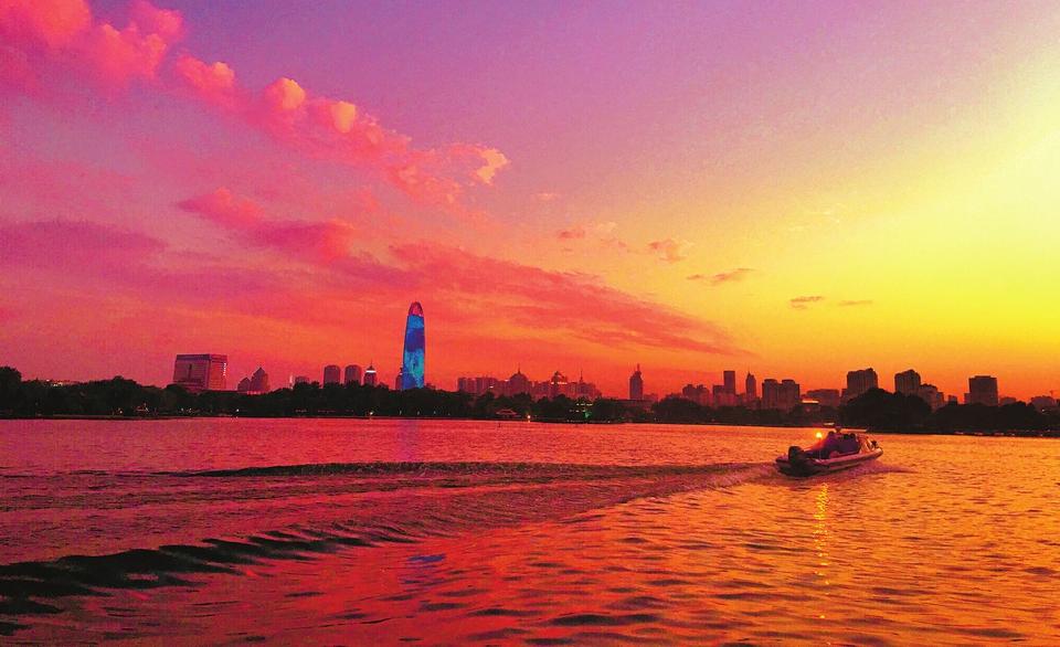【肩负新使命 展现新担当 加快建设黄河流域中心城市】向难而行,踏平坎坷成大道 ——2020济南半年考答卷之四