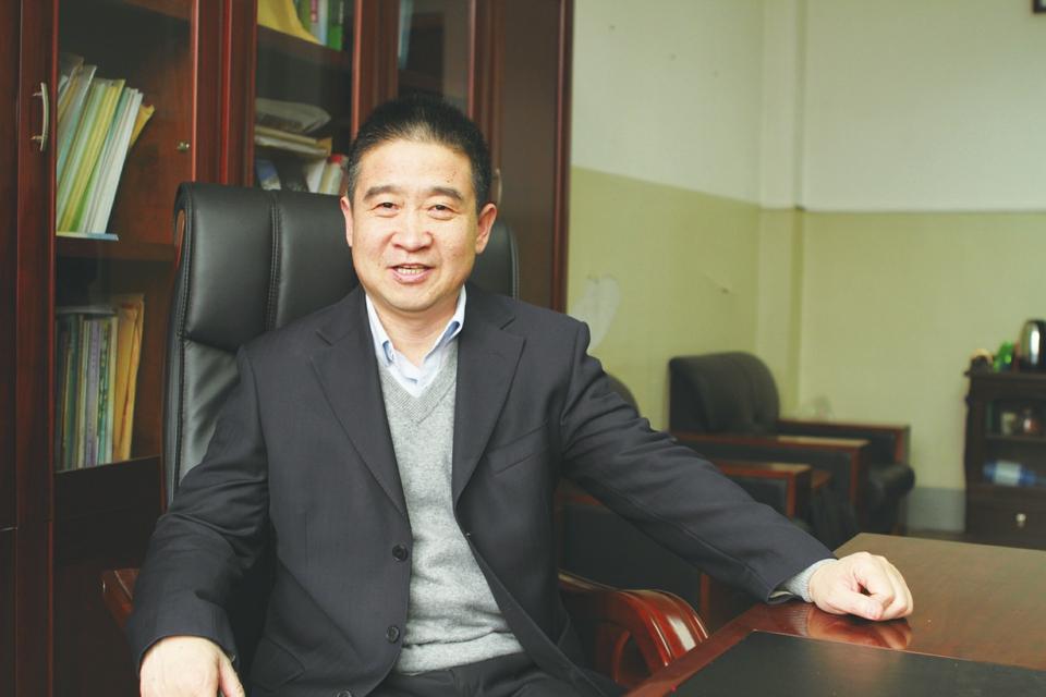 """""""理响泉城""""智库专家:强省会不仅是做强济南 更是打造区域增长极"""