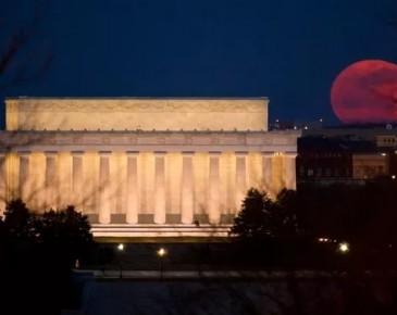 """今晚天空将现""""超级蓝血月""""  济南是最佳观赏地之一"""