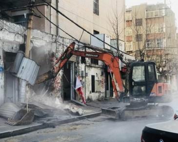 拆!今天济南三百多平门头房被拆除