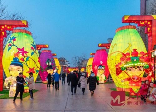 快看 濟南這座城已經切換到了新春模式!