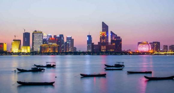 印象杭州 最美钱塘不夜城,文明礼让靓风景
